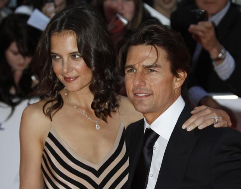 Desde su boda en un castillo italiano en 2006, la pareja se convirtió en una de las favoritas de Hollywood; sin embargo su inminente divorcio ha dividido opiniones.