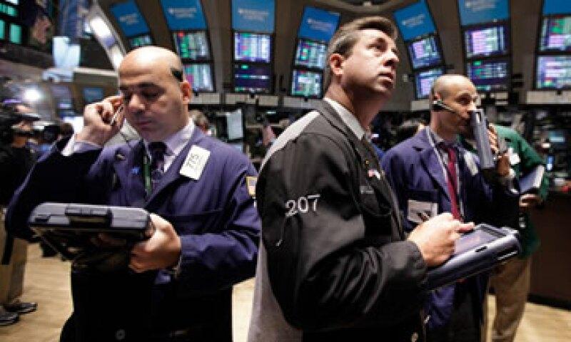 Además de Wall Street, la Bolsa mexicana también registró un avance de 1.01%. (Foto: Reuters)