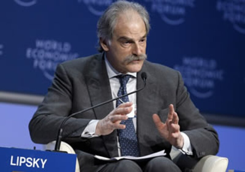 John Lipsky, subdirector gerente del FMI, dijo que el organismo anunciará sus nuevos pronósticos económicos en octubre. (Foto: Archivo AP)