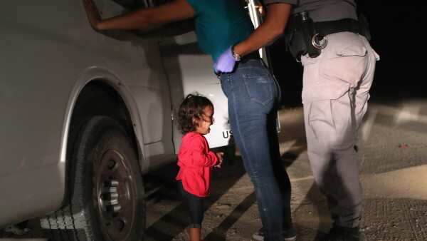 FILES-WORLD PRESS PHOTO-US-BORDER-PATROL-MIGRANTS