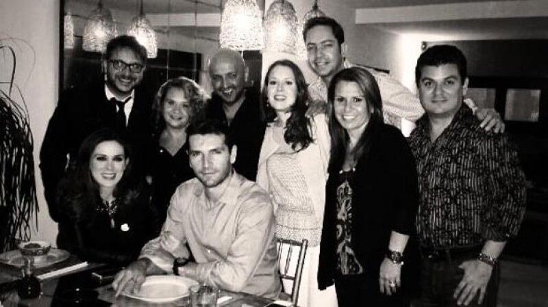 Varios amigos de Jacky y Martín se reunieron para celebrar la próxima llegada de Carolina.