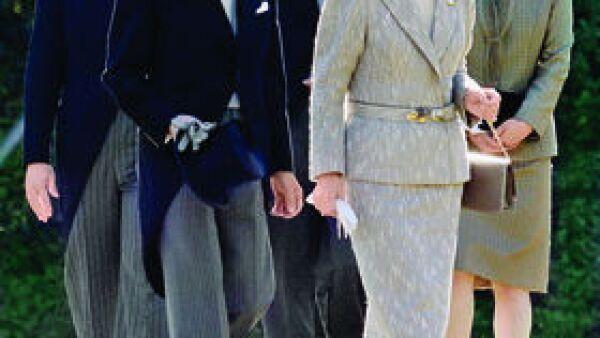 Príncipe Naruhito de Japón, Príncipe Akishino de Japón, Princesa Kiko de Japón, Emperador Akihito de Japón, Emperatriz Michiko de Japón