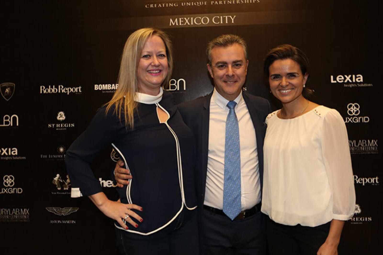 Yolanda Ruiz,Jon Scooter,Ingrid de Barrios