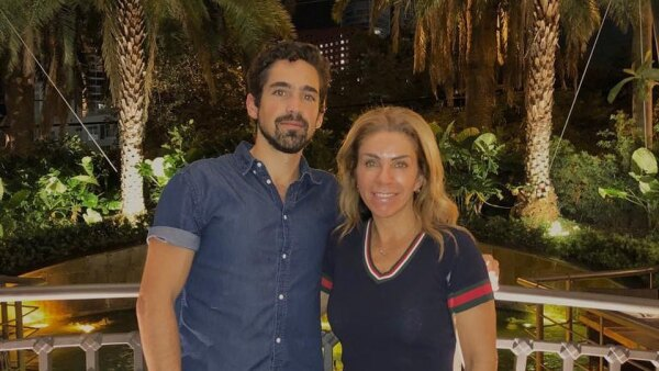 Rocío Sánchez Azuara y su hijo José Luis.