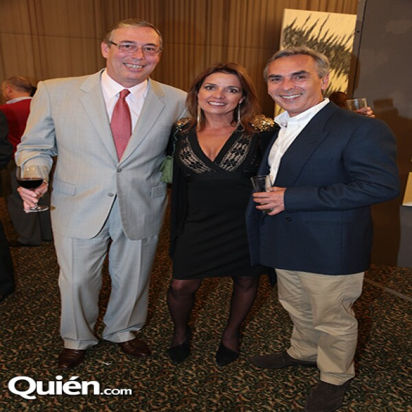 Eduardo Kholman,Patricia Carrera,Jorge Guerrero