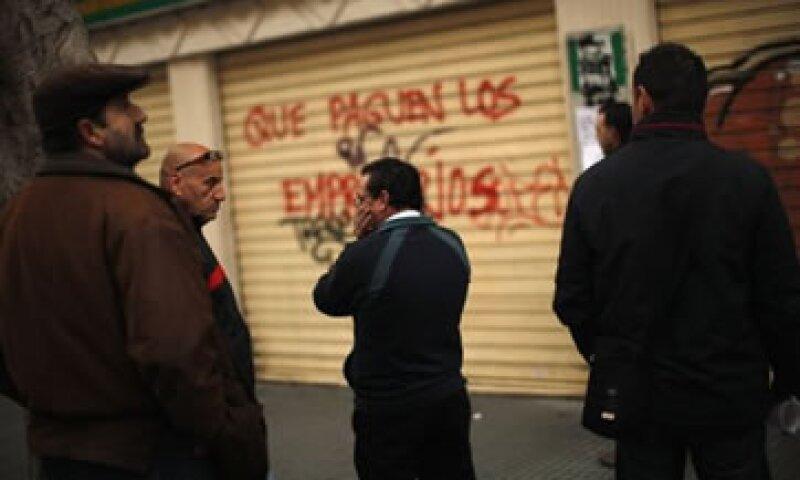La reforma pretende facilitar la contratación en un país con más de 5.3 millones de desempleados. (Foto: Reuters)