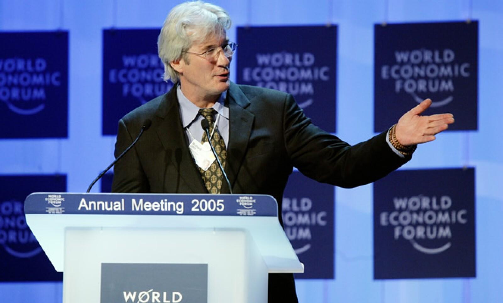 El actor es presidente de la Fundación Gere, que apoya a la cultura tibetana  y la lucha contra el SIDA.