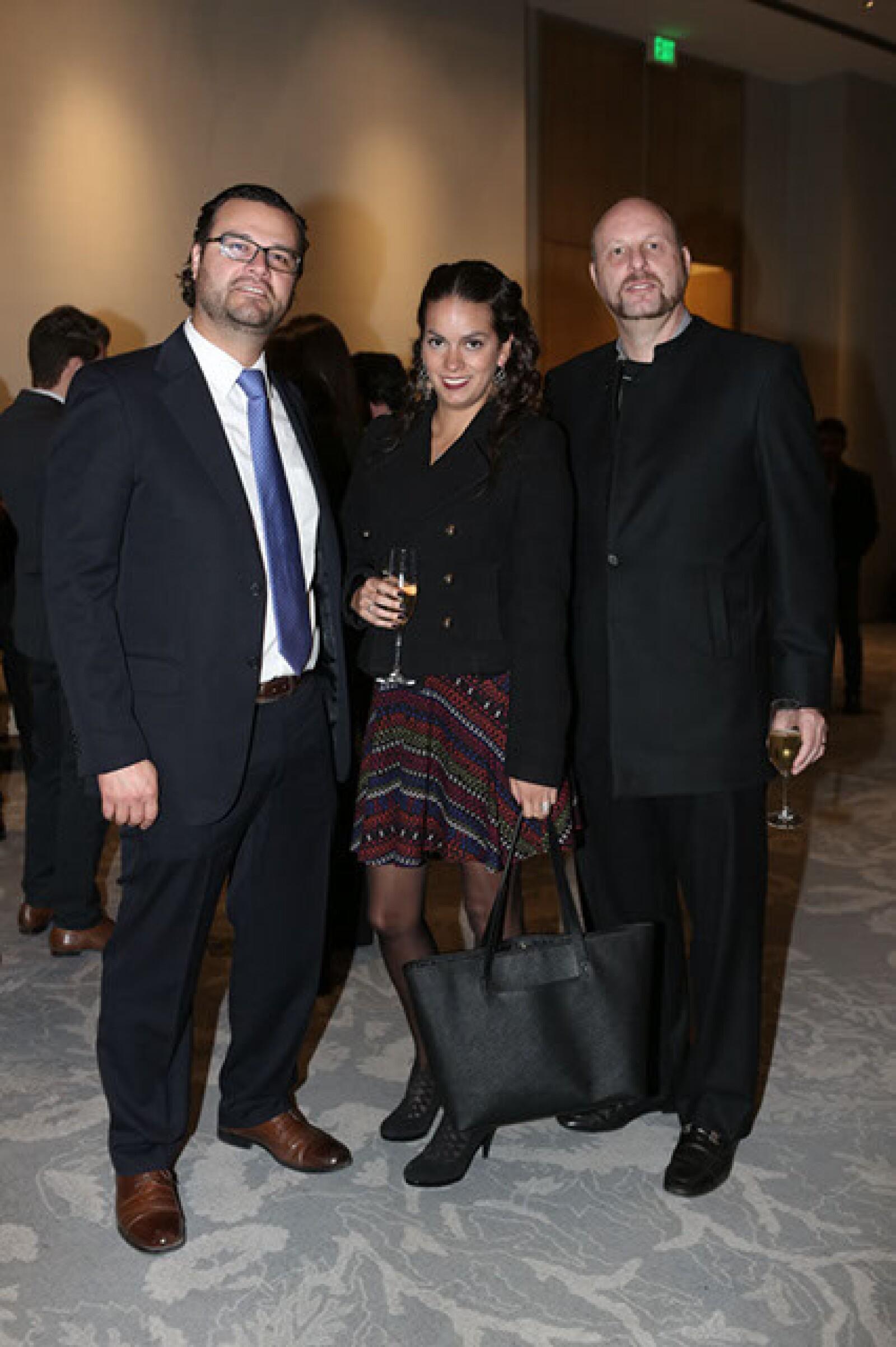 Iker Iparraguirre,Lula García,Rubén Marshall