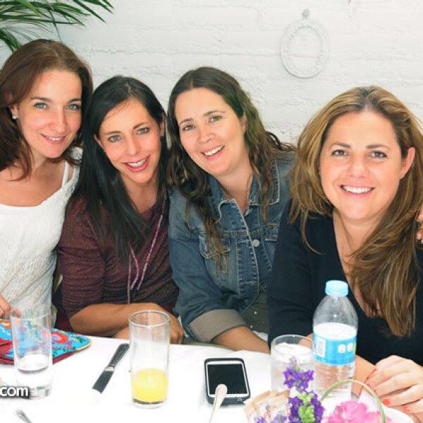 Paula Docal,Sylvia Rivera,Ati Sánchez y Lorena Casanova