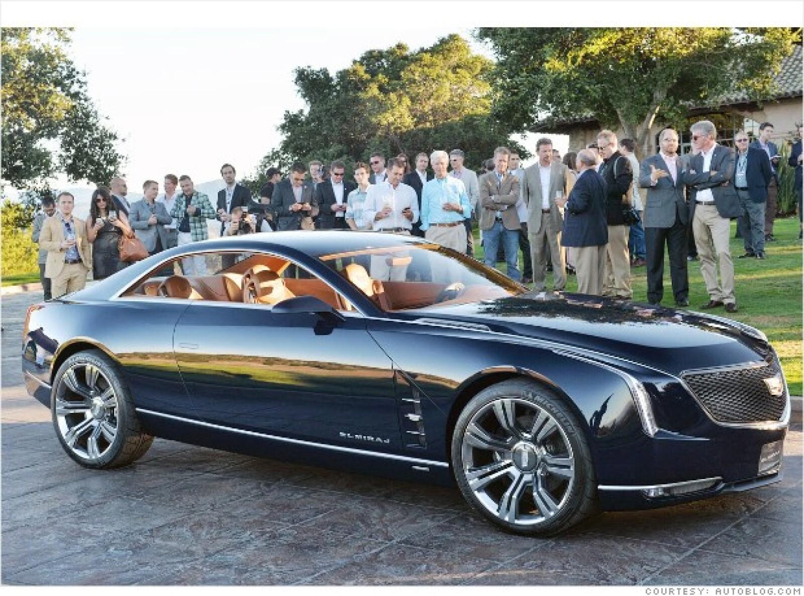 Cadillac está trabajando en un nuevo auto insignia ultragrande. Este año, la idea ha dado un gigantesco paso hacia un modelo de producción con el Elmiraj de capota dura y dos puertas. Con más de 5 metros de longitud.
