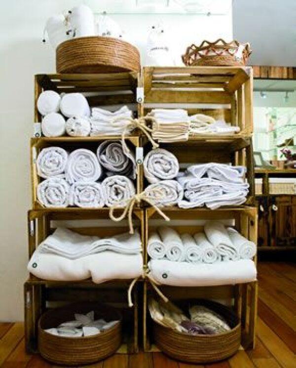 PARA CASAS VERDES. Las toallas, batas de baño y otros blancos son de algodón orgánico y hechos en México.
