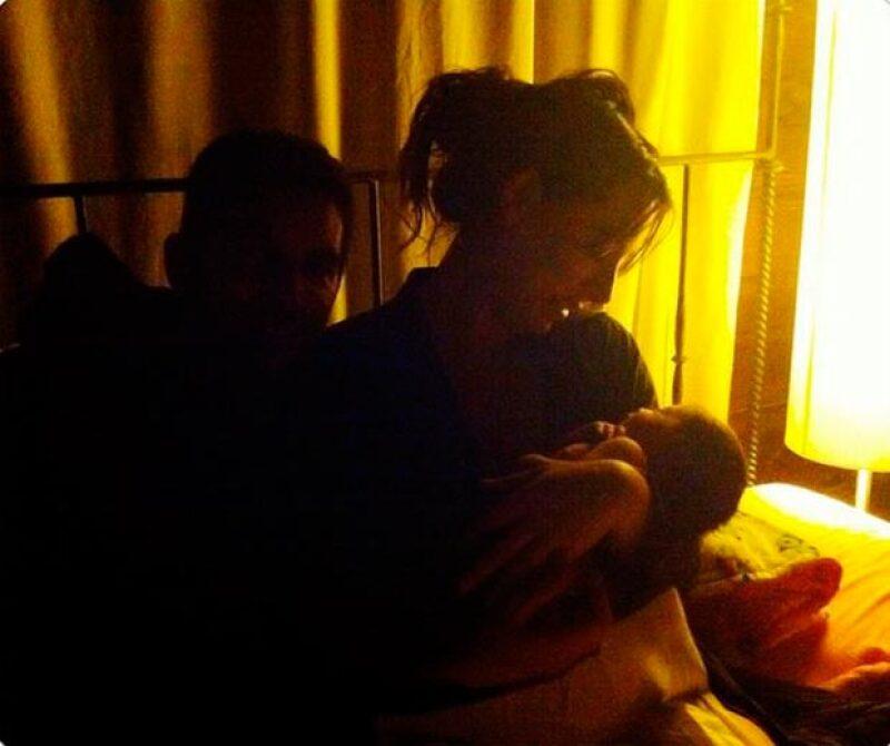 La conductora compartió este íntimo momento a pocas horas de convertirse en mamá de Elah.