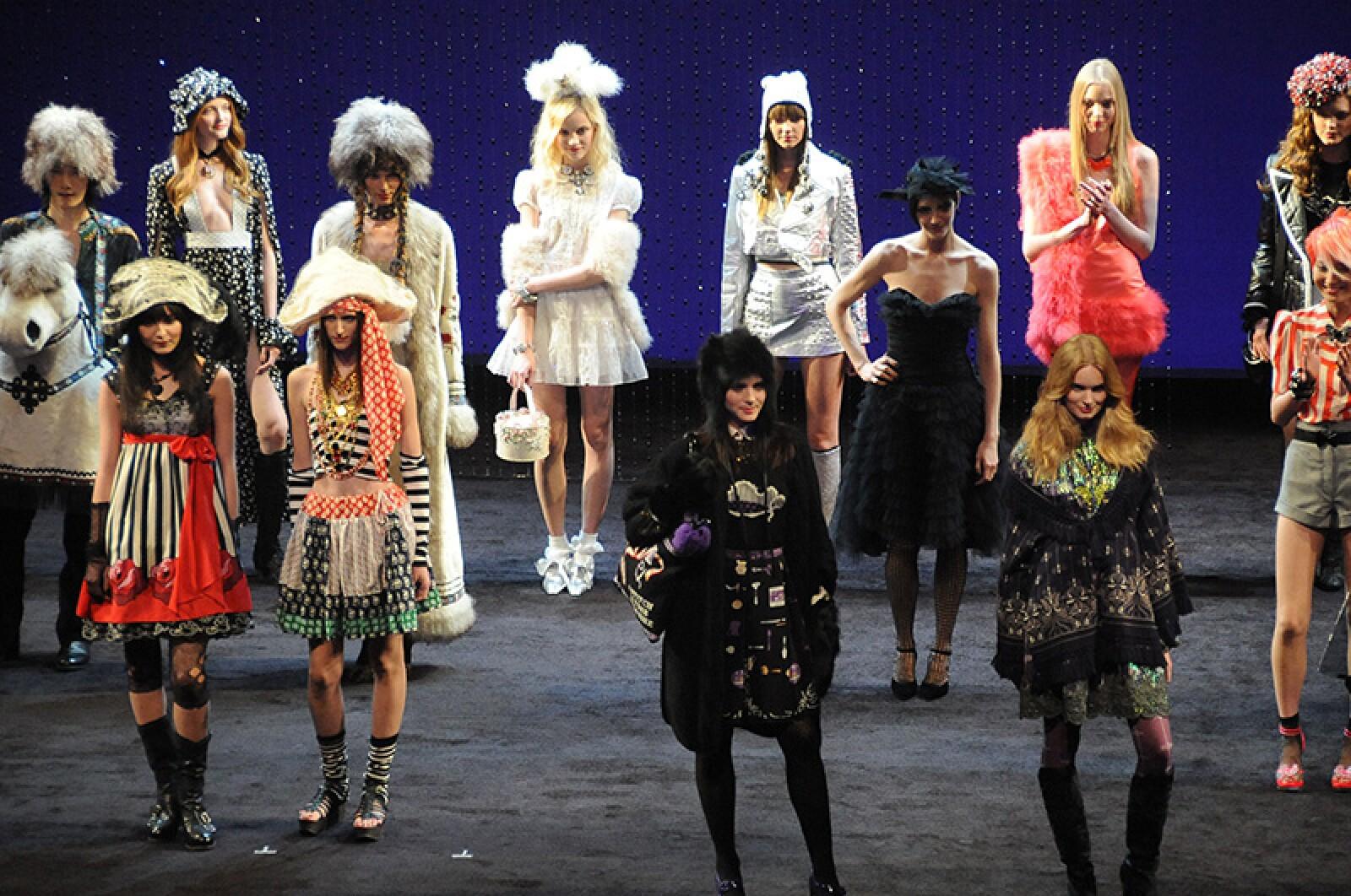 Emporio Armani show, Runway, Spring Summer 2019, Milan Fashion Week, Italy - 20 Sep 2018