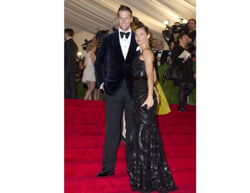 Varios medios afirman que la modelo brasileña se encuentra esperando su segundo bebé, a pesar de esto, ni ella o su esposo Tom Brady han confirmado dicha noticia.