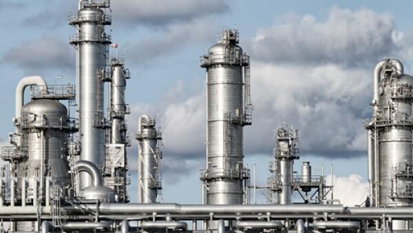 Refiner�a combustibles