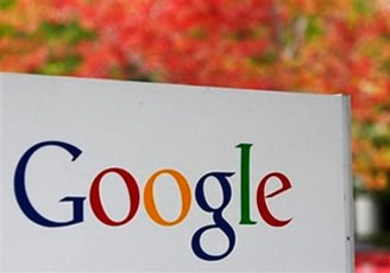 Google es criticado por legisladores y empresarios debido a su extenso acceso a la información de los usuarios. (Foto: AP)