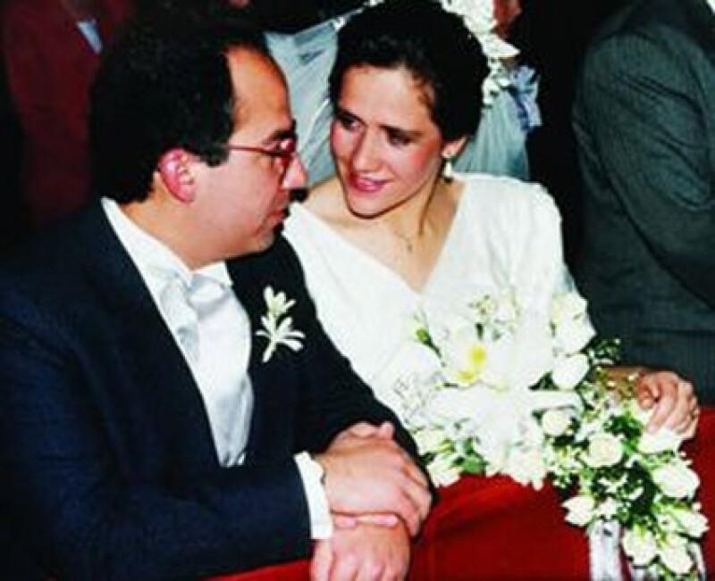 Felipe Calderón y Margarita Zavala se casaron por todas las de la ley.