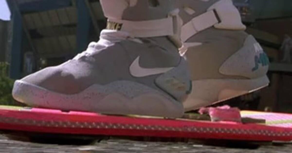 léxico Tiempo de día Retener  Nike producirá este año los tenis de 'Volver al futuro'