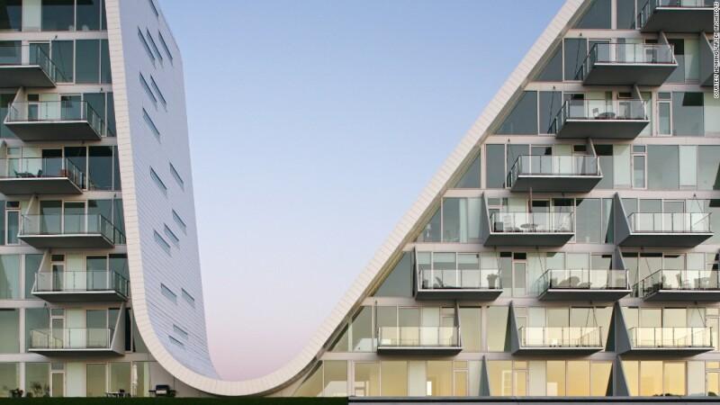 The Wave (2003-09) por Arquitectos Henning Larsen Architects en Vejle, Dinamarca