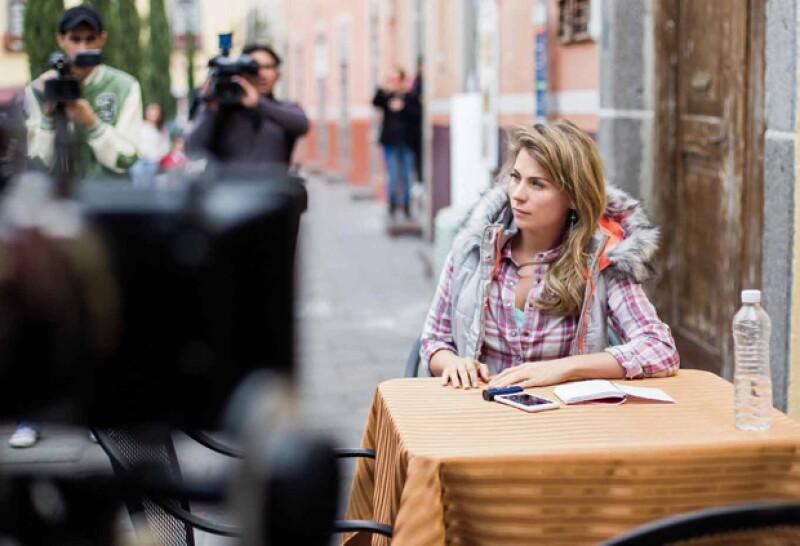 Ludwika Paleta está dedicada de lleno a un nuevo proyecto de cine. La acompañamos a la filmación en Tlaxcala, donde nos dijo que se le antoja volver a ser mamá, pero...