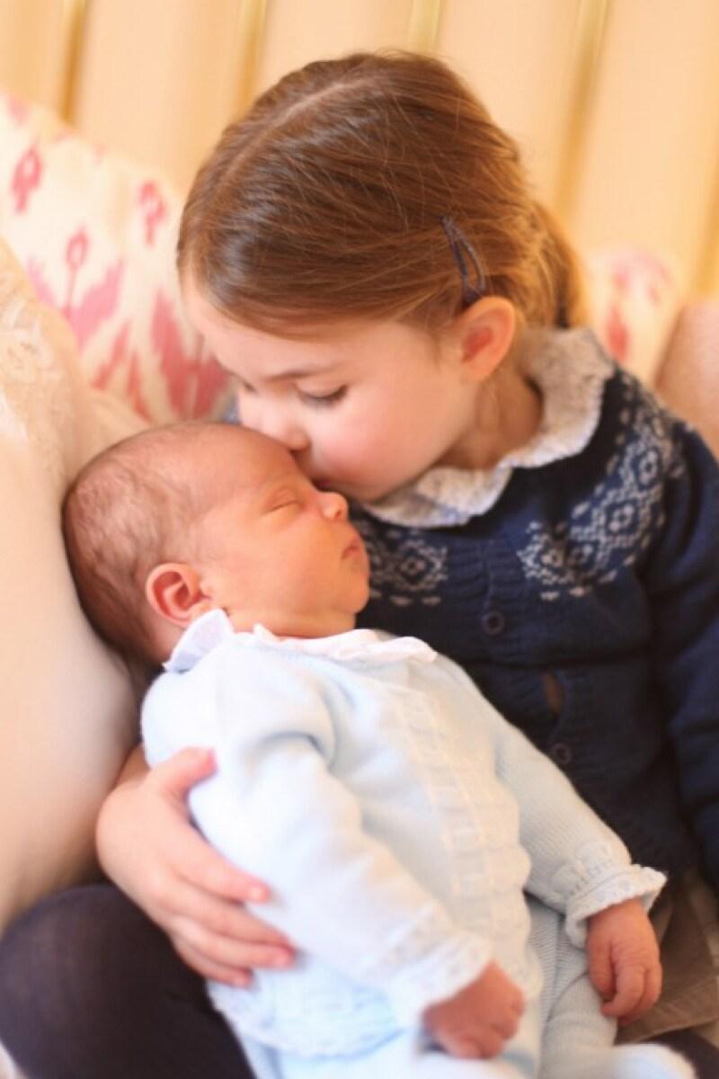 Kate Middleton captura tiernas imágenes de sus hijos y encanta al mundo