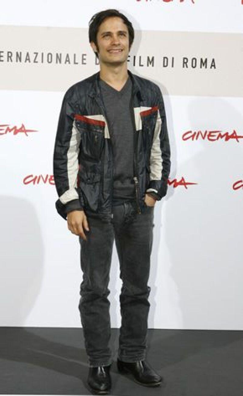 Para el actor mexicano fue todo un reto y un honor participar como uno de los directores de la película '8'.