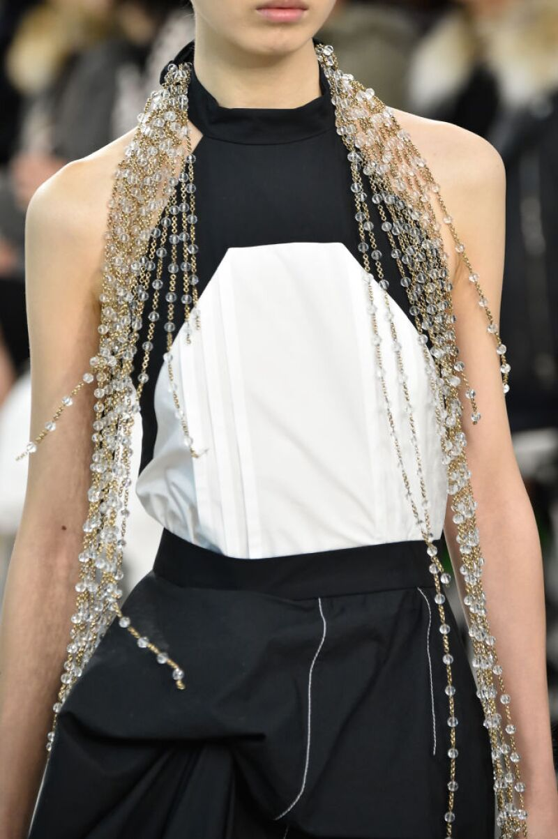 Loewe : Runway - Paris Fashion Week - Womenswear Spring Summer 2020