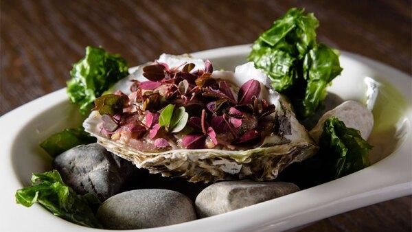 Tarta de res ostra y emulsión de hidromiel
