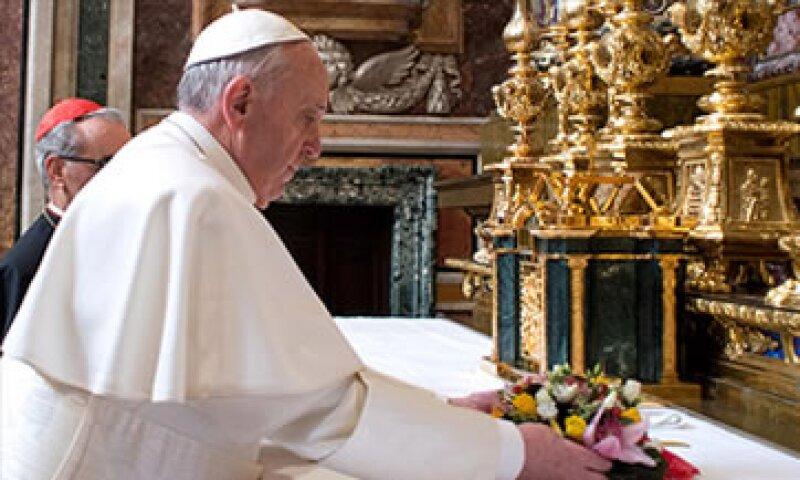 El banco Vaticano sirve a miles de organizaciones benéficas católicas, órdenes religiosas y diócesis de todo el mundo.  (Foto: Cortesía CNNMoney.com)
