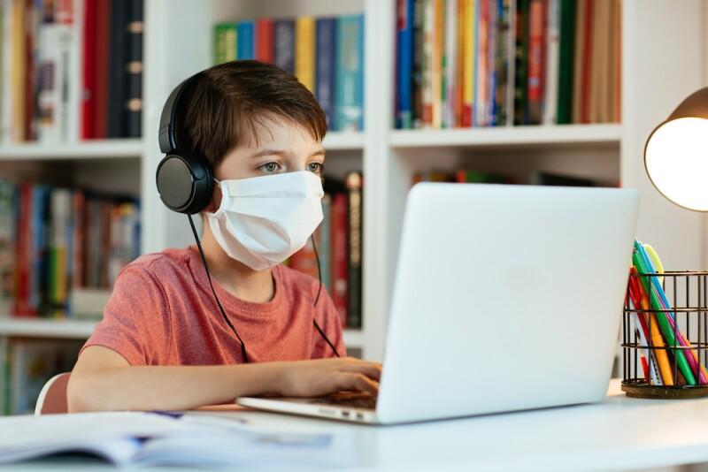 Educación en casa - educación a distancia - educación on line - autodidacta