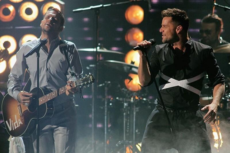 Los cantantes puertorriqueños compartieron escenario después de más de 20 años de haber estado juntos en Menudo.