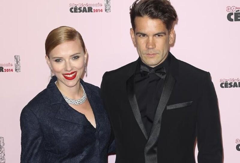 La actriz ha revelado a sus amigos que su enlace con el periodista francés tendrá lugar en aproximadamente cuantro semanas.