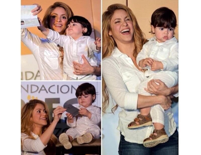 Shakira con su bebé Milan en Colombia por primera vez.