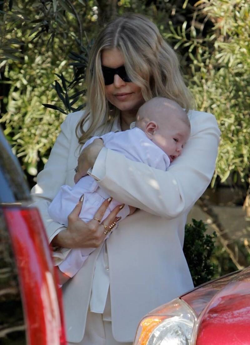 La cantante y su esposo tuvieron todo el tiempo a sus hijos en sus brazos.