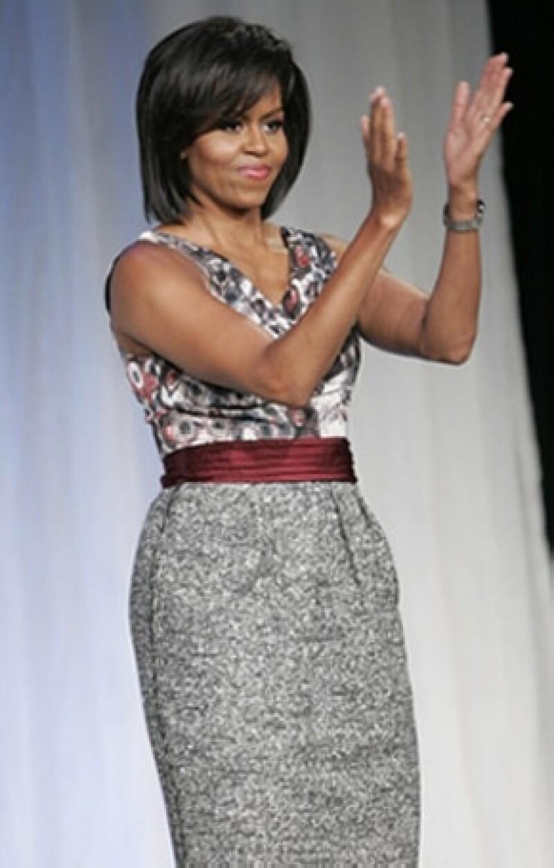 Michelle Obama en un vestido Rachel Roy.