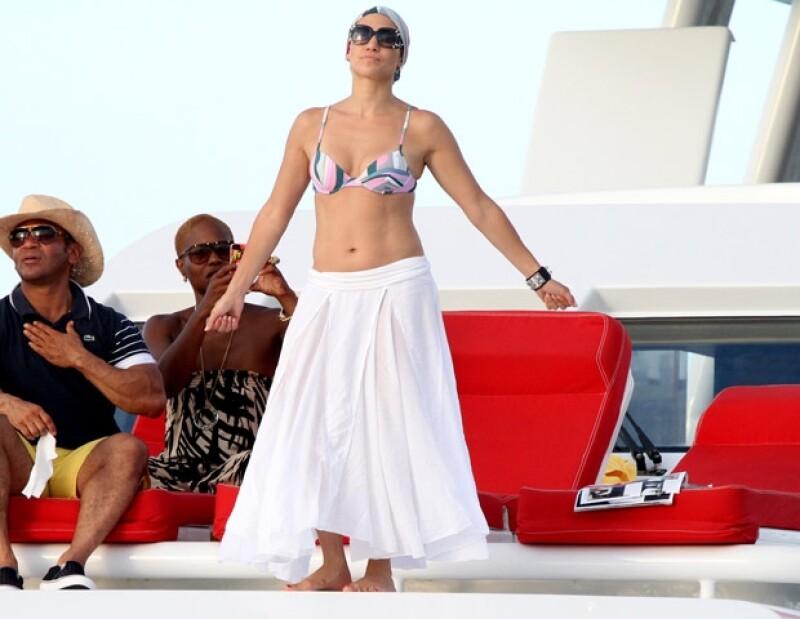 Jennifer Lopez se la pasó bailando durante su estancia en el yate donde festejó su cumpleaños 42.
