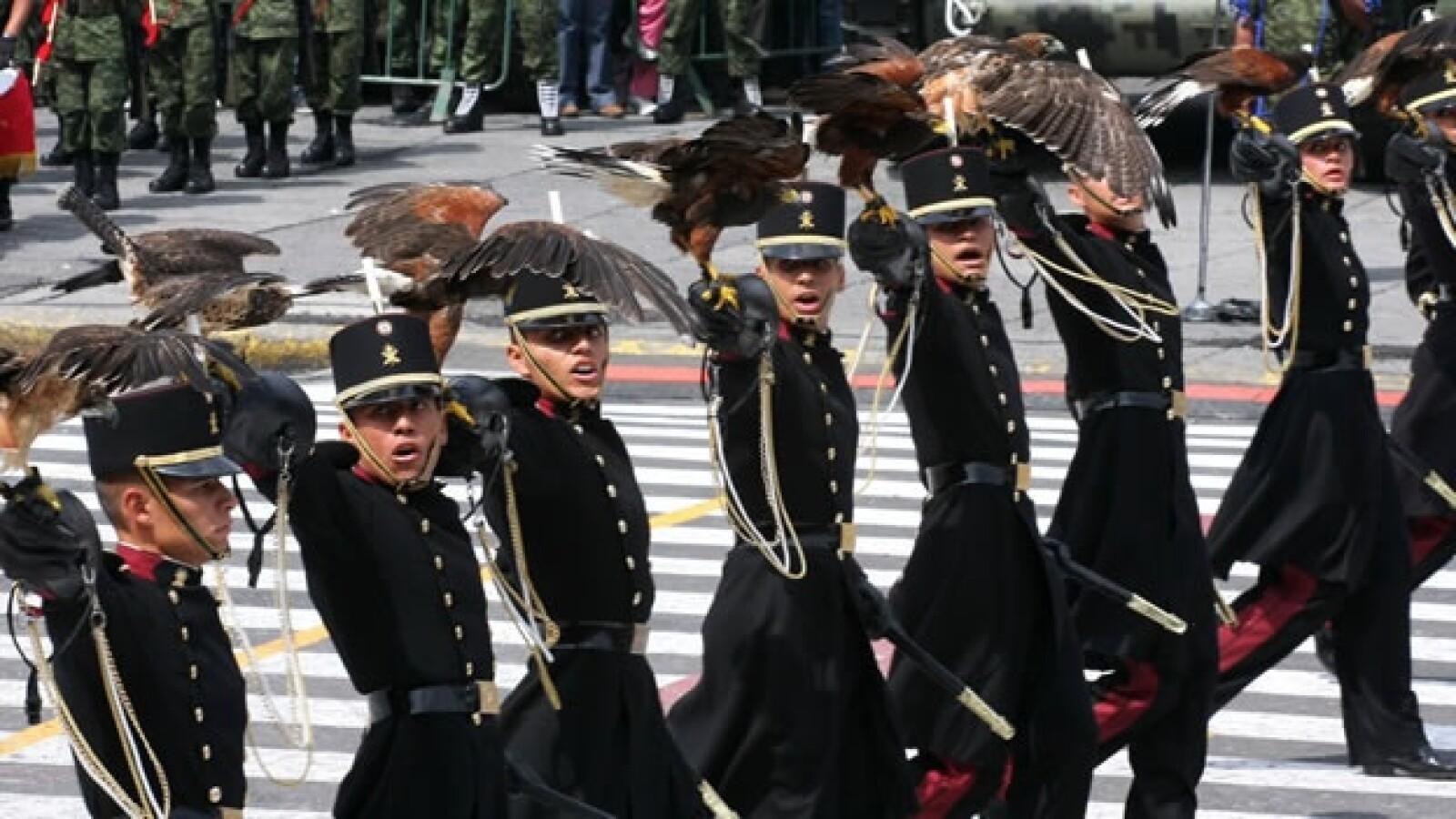 militares halcones