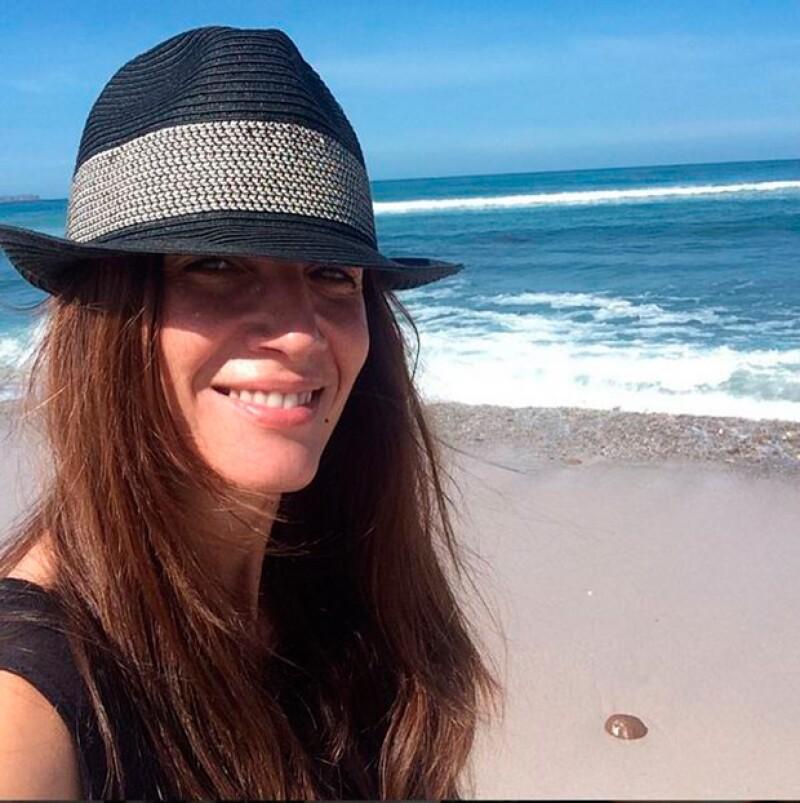 A través de Instagram, la actriz española Elia Galera confirmó su separación del actor y pidió respeto para ella y sus hijas.