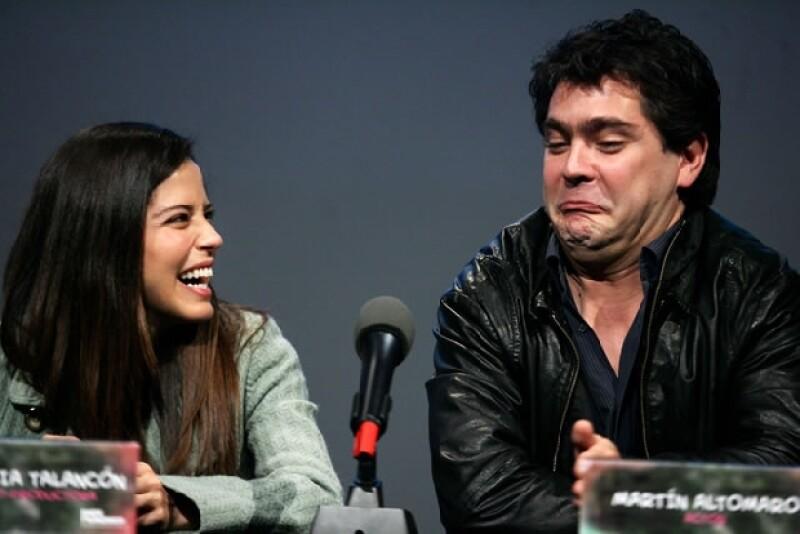 Ana Claudia bromeó con su coprotagonista, Martín Altomaro.