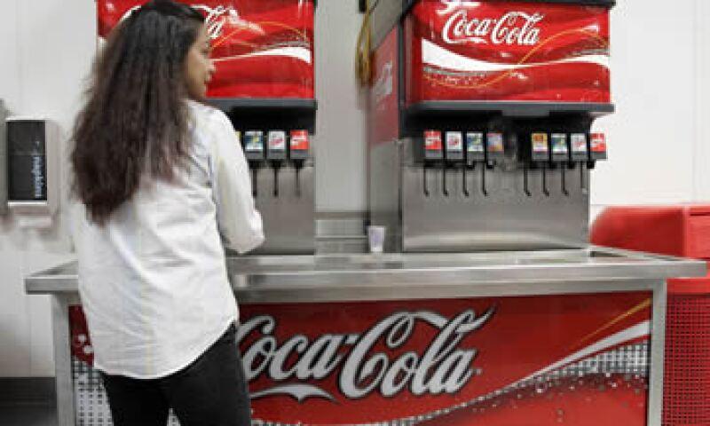 Las autoridades argentinas incluso hablaron de una clausura de las instalaciones de la empresa refresquera. (Foto: AP)