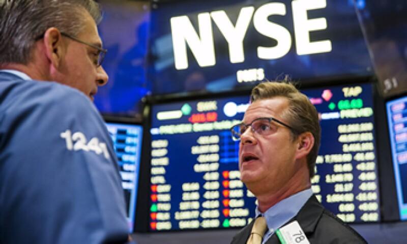 Los principales índices estadounidenses mantienen una operación positiva. (Foto: Reuters)