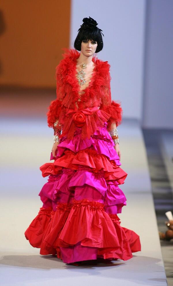 Christian Lacroix  Autumn / Winter 2006 / 2007 Fashion Show, Haute Couture, Paris, France - 06 Jul 2006
