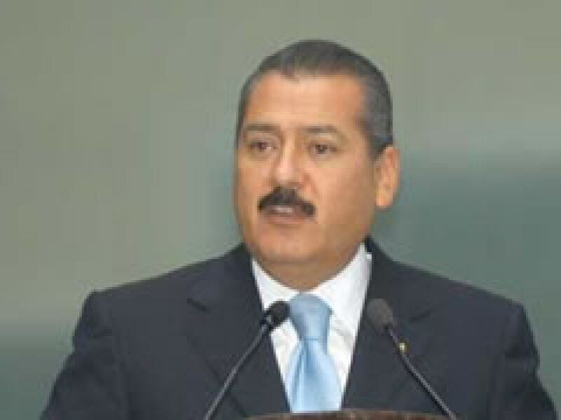 El líder del Senado, Manlio Fabio Beltrones, confia en que el PRI vuelva a instalarse en Los Pinos.  (Foto: Notimex )