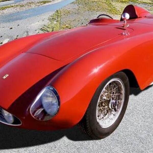 Este ejemplar de suaves líneas fue creado con una sola premisa en mente: ganar la carrera de los 1,000 kilómetros de Monza. El motor propuesto fue uno de 3.0 litros que entregaba 250 caballos de fuerza y tenía una velocidad punta de 265 Km/h.