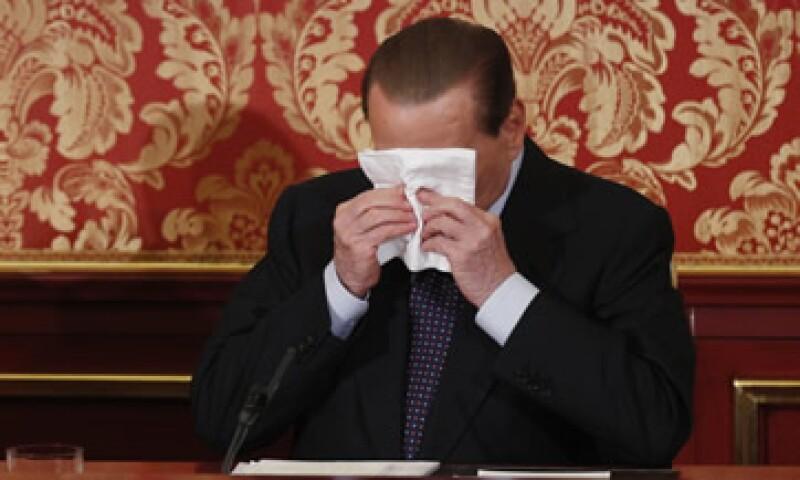 Berlusconi dijo en declaraciones públicas en Roma que estaba dispuesto a bajar su candidatura. (Foto: AP)