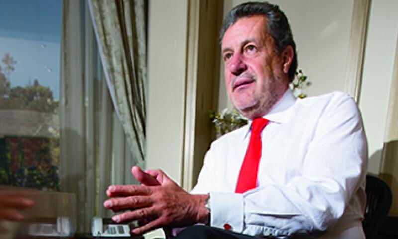 Martínez Gavica tomo la dirección general de Santander en 1997, en estado de quiebra, y lo llevó a la mayor colocación de la Bolsa Mexicana de Valores. (Foto: Alfredo Pelcastre)