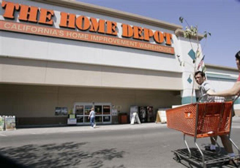 HomeDepot tuvo una ganancia de 812 millones de dólares en el periodo. (Foto: AP)