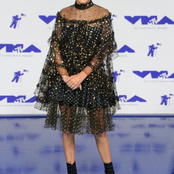 millie-bobby-brown-vmas-august-2017