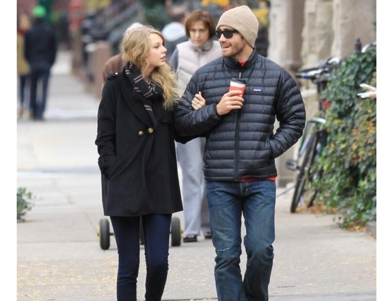 Jake y Taylor fueron captados pasando tiempo juntos en 2010.
