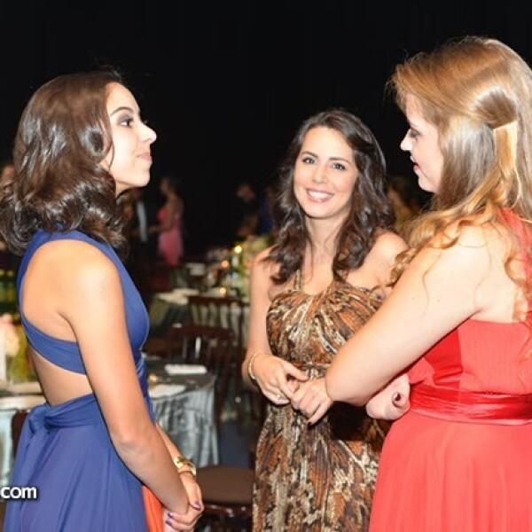 Valentina Conde,Andrea Arizpe y Michelle Patin.